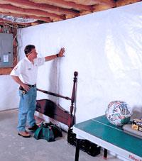 Basement wall free of mold